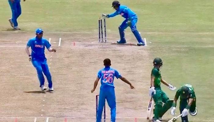 পাকিস্তানকে হারিয়ে ফাইনালে ভারত